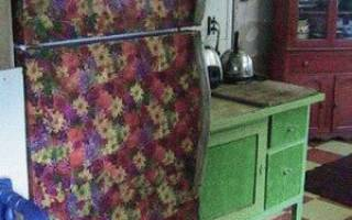Декупаж холодильника салфетками, аэрография, пленка