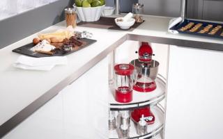 Угловые модули — как сэкономить пространство на маленькой кухне