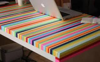 Как выполнить украшение стола своими руками?
