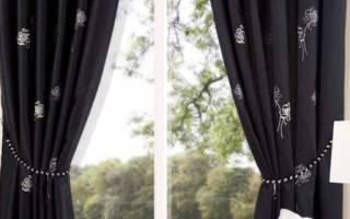 Черные шторы: как правильно использовать?